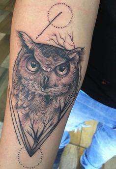 Search inspiration for a Blackwork tattoo. Elefante Tattoo, Buho Tattoo, New Tattoos, Tattoos For Guys, Cool Tattoos, Tatoos, Line Work Tattoo, Dot Work Tattoo, Owl Tattoo Design