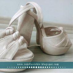 Buty na wiosnę, czyli kwietniowe zakupy Ballet Dance, Ballet Shoes, Dance Shoes, Slippers, Fashion, Ballet Flats, Dancing Shoes, Moda, Dance Ballet