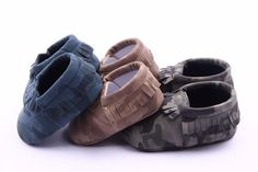"Adorable boys camouflage printed moccasins First walker soft soles Made of PU soft leather Slip on style Sizing : size 1 = 11cm or 4.33"" size 2 = 12cm or 4.73"" size 3 = 13cm or 5.12"""