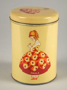 Vintage Tins, Vintage Metal, Vintage Kitchen, Tin Boxes, Metal Tins, Cookie Jars, Old Things, Canning, Antiques