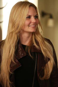 "Emma Swan (red jacket is back) - 4 * 7 "" Snow Queen. """