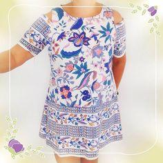 #oldsheet into a  #dress  #recycledmaterial  #recycled  #vestido  #recycledfabrics #recycle  #reciclaje #reciclajecreativo #reciclajeconestilo #hechoamano #handmade #sewing #coser #style  #midiseño #mydesign #sustainable #sustainableliving #sustanible #sustaniblefashion #vhga #upcycle #reuse #oneofakind #piezasunicas #unique #granalacant Recycled Fabric, Floral Tops, Fabrics, Blouse, Dresses, Fashion, Dress, Sew, Recycling