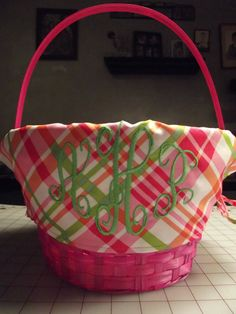 monogrammed easter basket- i could sew make :D Diy Gifts, Handmade Gifts, Embroidery Monogram, Easter Outfit, Easter Celebration, Wreath Crafts, Easter Treats, Easter Baskets, Holidays And Events