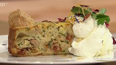 Pfifferlingskuchen mit getrüffeltem Schlagrahm | Bild: Wir in Bayern
