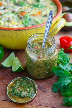 Colombian Hot Sauce (Aji Picante) Recipe : A Colombian style hot sauce with plenty of cilantro and green onions that tis perfect for soup, rice, beans, empanadas, etc. Salsa Picante, Picante Recipe, Mexican Food Recipes, Vegan Recipes, Cooking Recipes, Ethnic Recipes, Chutneys, Colombian Cuisine, Salads