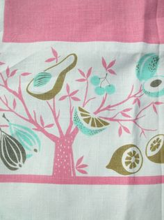 VINTAGE OLD 1950 S KITCHEN FRUIT COTTON TABLECLOTH -PINK WHITE TURQUOISE 50 X 52