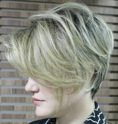 7f72c5400de7 Every woman with fine hair knows that shag haircuts make her mane appear  thicker. A good shag haircut for thin hair is like your best fitting dress   you ...