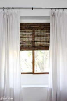 Kitchen Living Rooms window makeover with bamboo blinds, white curtains and classic black curtain rod Living Room Decor Curtains, Bedroom Blinds, Living Room Windows, Living Room Window Treatments, Bamboo Blinds, Wood Blinds, Window Blinds, Fabric Blinds, Curtains Or Blinds