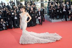 Eva so lovely: Ms Longoria's mermaid creation makes a splash - Cannes Film Festival