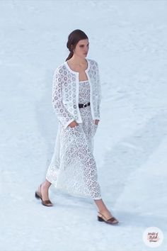 White Maxi Dres / Long Dress. Spring Summer 2021 Ready-to-Wear Collection.Runway Show by Chanel. Summer Fashion Trends, Runway Fashion, Trendy Fashion, White Maxi, Everyday Dresses, Summer Outfits Women, Occasion Dresses, Cloths, Lace Dress