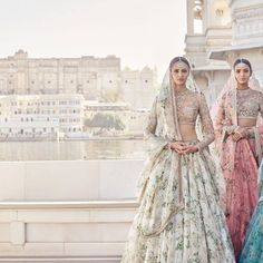 """Indian designer Sabyasachi Mukherjee has launched his latest couture collection for the Spring/Summer 2017 season. Entitled 'The Udaipur Collection' is, the designs are inspired by Rajasthani royalty and include references to maharanis, palaces, stately luncheons, rose gardens, gulaal, The Sheesh Mahal and more.  <em>""""Whether the maharanis in their French chiffon with European flora and fauna print, the maharajas in their quiet arrogance, the exuberant interiors of their majestic palaces…"""