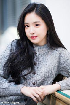 Apink Naeun - Naver x Dispatch Kpop Girl Groups, Korean Girl Groups, Kpop Girls, Son Na Eun, Apink Naeun, Female Character Inspiration, Korean Celebrities, Beautiful Asian Women, Korean Actresses
