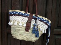 Crochet Shoulder Bags, Summer Handbags, Crochet Purses, Straw Bag, Purses And Bags, Boho Chic, Creations, Beach Bags, Ibiza