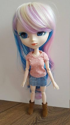 Pale pink with stars T-Shirt for Pullip doll
