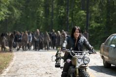 'The Walking Dead' Gives You A Sneak Peak At the First Four Minutes Of An Episode From Season 6