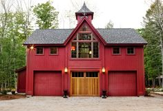 BeamBabe Bennington Carriage House Small barn home plans are Hot, Hot, Hot and Yankee Barn Homes is at the forefront of this movement. See our unique small barn home floor plans. Barn Homes Floor Plans, Pole Barn House Plans, Pole Barn Homes, House Floor Plans, Pole Barns, Barn Plans, Barn Style House Plans, Carriage House Garage Doors, Carriage House Plans