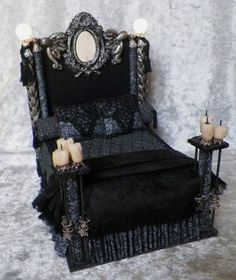 ╋ The Gothic House ╋ Haunted Dollhouse, Haunted Dolls, Diy Dollhouse, Dollhouse Miniatures, Gothic Furniture, Doll Furniture, Dollhouse Furniture, Black Furniture, Furniture Design