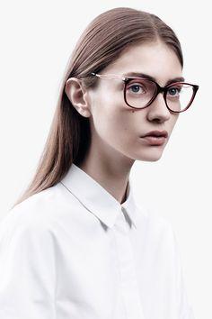 Marine Deleeuw for Victoria Beckham Eyewear Marine Deleeuw, Fashion Models,  Fashion Beauty, Womens a3ef3bd85b
