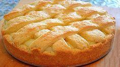 Apple pie with custard. Recipes with photos of delicious cakes. Custard Recipes, Pie Recipes, Sweet Recipes, Russian Desserts, Russian Recipes, Good Food, Yummy Food, Sweet Pie, Pie Cake