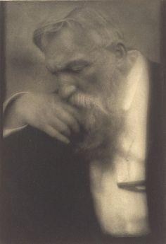 Auguste Rodin, by Edward Steichen 1911 what a superb portrait Auguste Rodin, Pierre Auguste Renoir, Edward Steichen, Camille Claudel, Alfred Stieglitz, Henri Matisse, Famous Artists, Great Artists, Thurn Und Taxis