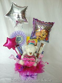 Diy Birthday, Birthday Gifts, Valentine Crafts, Valentines, Personalised Gifts Diy, Darry, Candy Bouquet, Party Centerpieces, Meraki