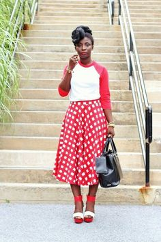 Gingham midiskirt with baseball tee