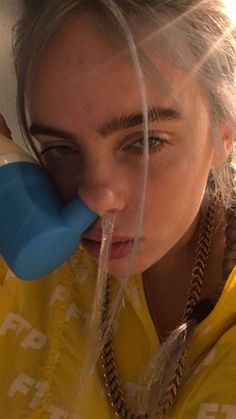 Billie is insane Billie Eilish, Album Cover, Queen, Me As A Girlfriend, Music Artists, Eyelashes, Famous People, Love Her, Videos