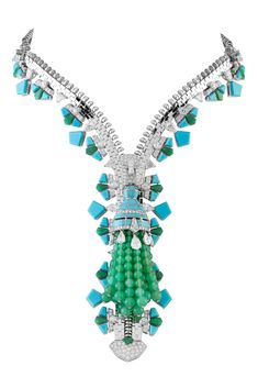 LOVE AT FIRST SIGHT. Zipper necklace by Van Cleef and Arpels (price upon request, of course)