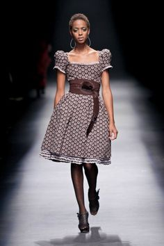 Shweshwe Dresses By Bongiwe Walaza 2018 - style you 7 Sotho Traditional Dresses, South African Traditional Dresses, Traditional Dresses Designs, Traditional Outfits, Traditional Wedding, African Inspired Fashion, Africa Fashion, African Print Dresses, African Dress