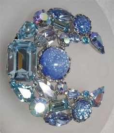 Magnificent Vintage Signed WEISS Multi Shape Rhinestone MOON Crescent Pin Brooch