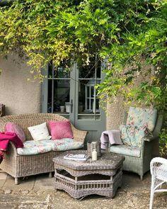 Secret Escapes, Outdoor Furniture Sets, Outdoor Decor, Garden, Home Decor, Garten, Decoration Home, Room Decor, Lawn And Garden