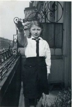 Bund Deutscher Mädel. At first, the League consisted of two sections: the Jungmädel, or Young Girls League, for girls ages 10 to 14, and the League proper for girls ages 14 to 18. In 1938, a third section was introduced, the Belief and Beauty Society (BDM-Werk Glaube und Schönheit), which was voluntary and open to girls between the ages of 17 and 21.