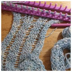 A quick (and easy) loom knit scarf. The perfect project for a crafty weekend.  Easy to follow instructions from Fitzbirch Crafts