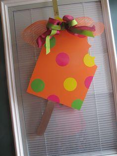 Popsicle doorhanger