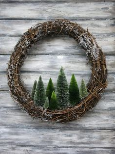 Christmas Tree Wreath, Noel Christmas, Holiday Wreaths, Winter Christmas, Holiday Crafts, Christmas Ornaments, Winter Wreaths, Christmas 2019, Simple Christmas Crafts