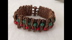 Beading Tutorials, Beading Patterns, Diy Jewellery Designs, Bijoux Diy, Crystal Necklace, Herringbone, Jewelry Art, Seed Beads, Beaded Bracelets