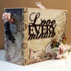 Imaginarium Designs: Beautiful Mini Album ....(Heartfelt Creations paper)