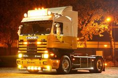 Scania 143H 500