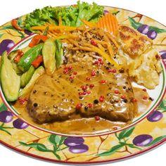 Συστατικά: 1 κιλό χοιρινό ψαρονέφρι 1 κουτ.σούπας βούτυρο αλάτι - πιπέρι Για τη σάλτσα: 1 κουτ.... Greek Recipes, International Recipes, Steak, Bacon, Recipies, Pork, Beef, Dishes, Chicken