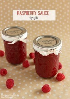 Make this easy homemade raspberry sauce recipe for DIY Christmas gifts this year. Comes with free printable labels for gifting.