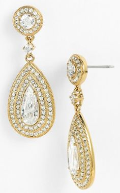pear drop earrings http://rstyle.me/n/mtpmepdpe