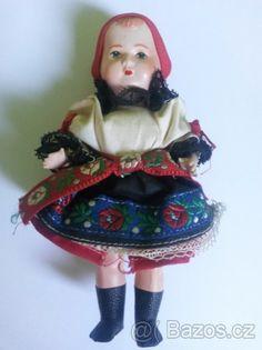 Starožitná panenka - selka v kroji - 1