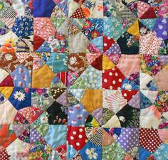 1930s Antique Hand Pieced & Hand Stitched Scrap Quilt in the Snowball or Windmill Pattern, Excellent! in quilts & blankets