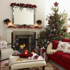 2908662 14901869 thumbnailjpg christmas decorations apartment small spaces christmas living room - Elegant Christmas Decorations