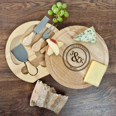 Lovely cheese board set, including knives, personalised with two names + last name, and a year.    The personalisation is engraved on the top of