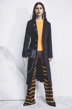 Phillip Lim Pre-Fall 2017 Fashion Show Live Fashion, Fashion 2017, Fashion Show, Brand Collection, 3.1 Phillip Lim, Bleu Marine, Autumn Winter Fashion, Fall Outfits, Women Wear