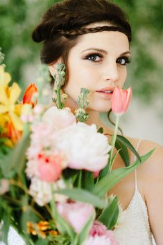 Nile inspired wedding ideas - photo by Debbie Lourens Photography http://ruffledblog.com/nile-inspired-wedding-ideas