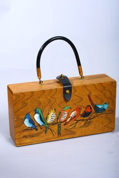 Vintage Enid Collins Birds Painted Wooden Box Purse I was fun to make and then actually use them. Vintage Purses, Vintage Bags, Vintage Handbags, Etsy Vintage, Vintage Shoes, Vintage Decor, Vintage Style, Painted Wooden Boxes, Painted Bags