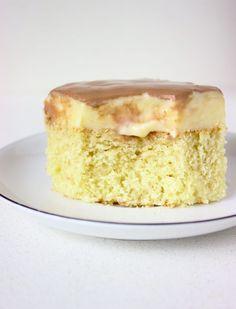 Szybkie ciasto Monte z budyniem i czekoladą Vanilla Cake, Ale, Ethnic Recipes, Food, Party, Ale Beer, Essen, Meals, Yemek