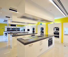 red kitchen showroom II | home appliance | Pinterest | Kitchen ...